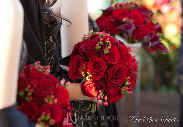 la-vie-en-rose-wedding-brides-maid-bouquet-rose-berries-red-westin-tampa-bay-florida