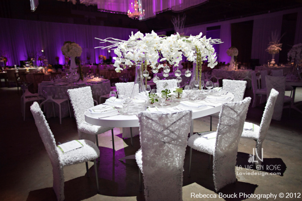 la-vie-en-rose-special-event-jouney-to-love-white-guest-table-modern-centerpiece-white-branch-hanging-globes-LED-light-phalaenopsis-orchid-amaranthus-succulents-reception-purple-up-light-tampa-florida