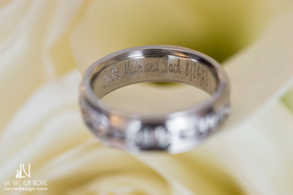 la-vie-en-rose-wedding-band-ring-monogramed-florida-aquarium-tampa