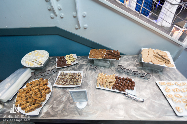 la-vie-en-rose-wedding-reception-sweet-dessert-table-florida-aquarium-tampa