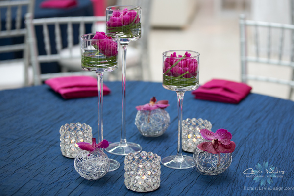 la-vie-en-rose-pink-fuschia-reception-navy-furniture-peonies-floating-candle-bear-grass-wedding-st.pete-florida-museum-of-fine-arts