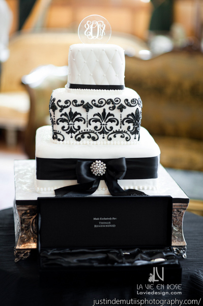 la-vie-en-rose-wedding-reception-cake-chocolate-pi-white-black-don-vicente-de-ybor-historic-inn-tampa-florida