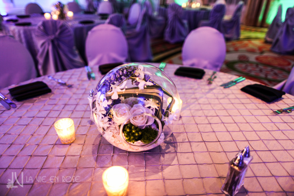 la-vie-en-rose-white-purple-globes-hawaiian-orchid-candle-guest-table-corporate-party-sandpearl-resort-clearwater-florida-