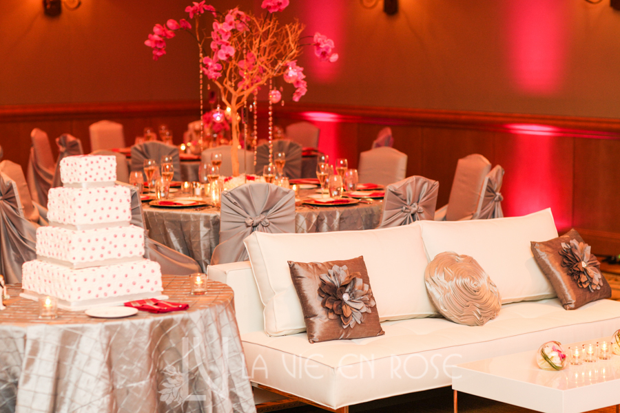 la-vie-en-rose-wedding-silver-chair-cover-linens-LED-up-lighting-white-lounge-furniture-throw-pillows-cake-table-hyatt-regency-clearwater-beach-florida