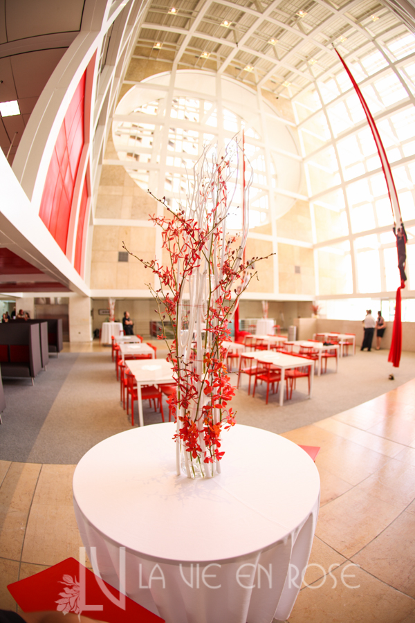 la-vie-en-rose-white-branches-red-orchids-cube-rivergate-tower-downtown-tampa-florida