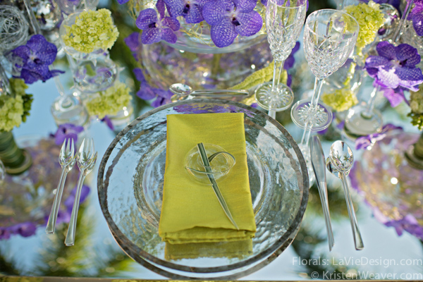 la-vie-en-rose-grace-ormonde-mirrored-table-top-blue-vanda-grass-glass-charger-orchid-shoot-green-purple-miami-four-seasons-florida