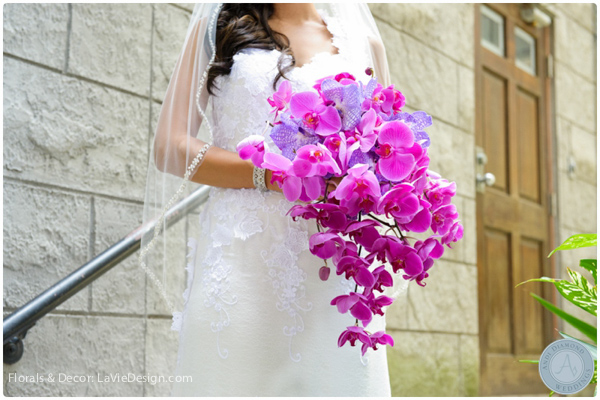la-vie-en-rose-bridal-bride-bouquet-vanda-Phalaenopsis -orchid-purple-sacred -heart-cuban-club-tampa-florida