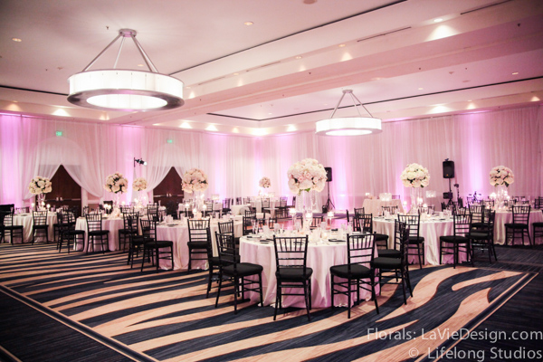 la-vie-en-rose-floral-arrangment-wedding-reception-crystal-centerpiece-blush-pink-white-ivory-intercontinental-tampa-florida