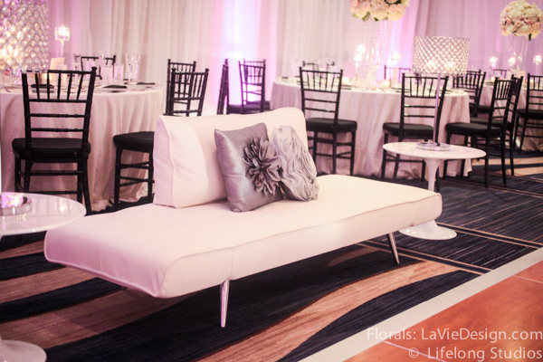 la-vie-en-rose-lounge-furniture-silver-pillows-wedding-reception-white-ivory-intercontinental-tampa-florida