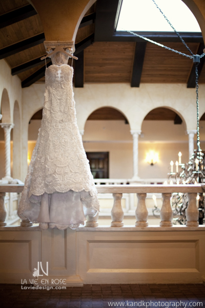 la-vie-en-rose-wedding-dress-avila-golf-and-country-club-tampa-florida
