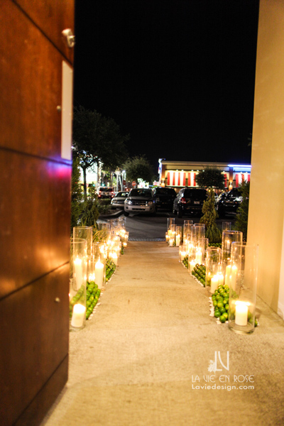 la-vie-en-rose-lime-candle-enterance-suite-passes-grill-one-sixteen-tampa-florida