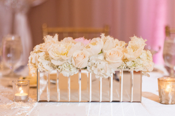 la-vie-en-rose-wedding-reception-sweetheart-flowers-mirrored-glass-vase-square-carillon-hilton-hotel-st-petersburg-florida