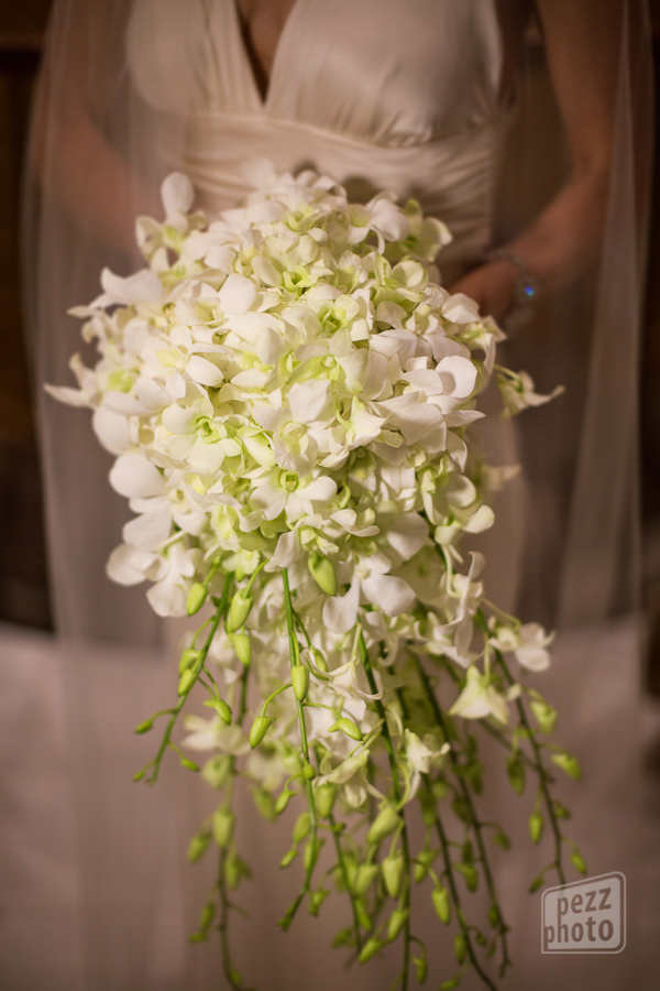 la-vie-en-rose-wedding-ceremony-bridal-bouquet-cascading-dendrobium-white-orchids-bride-reception-the-tampa-club