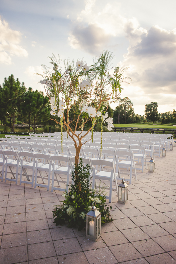 la-vie-en-rose-wedding-reception-ceremony-aisle-lanterns-tree-decor-entrance-orchids-huppah-chuppah-jewish-nature-outdoor-scene-elegant-romantic-love-happily-ever-after-orlando-waldorf-astoria