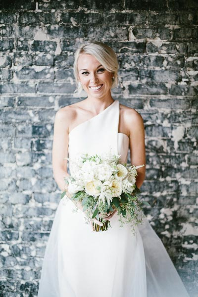 la-vie-en-rose-tampa-bay-Florida-wedding-gorgeous-bride-dresses-wedding-love-ceremony-reception-flowers-peonies-garden-roses-white-blooms-trendy-fashion-elegant-The-Oxford-Exchange