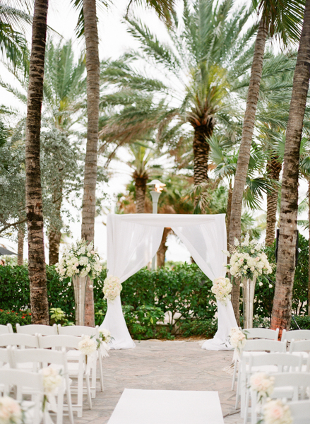 La-vie-en-rose-miami-florida-wedding-gorgeous-ceremony-arch-drape-white-ivory-blush-tulip-peony-garden-flower-elegant-ritz-carlton-south-beach