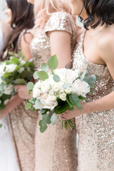 La-vie-en-rose-tampa-florida-wedding-white-blush-flower-eucalyptus-bouquet-elegant-oxford-exchange